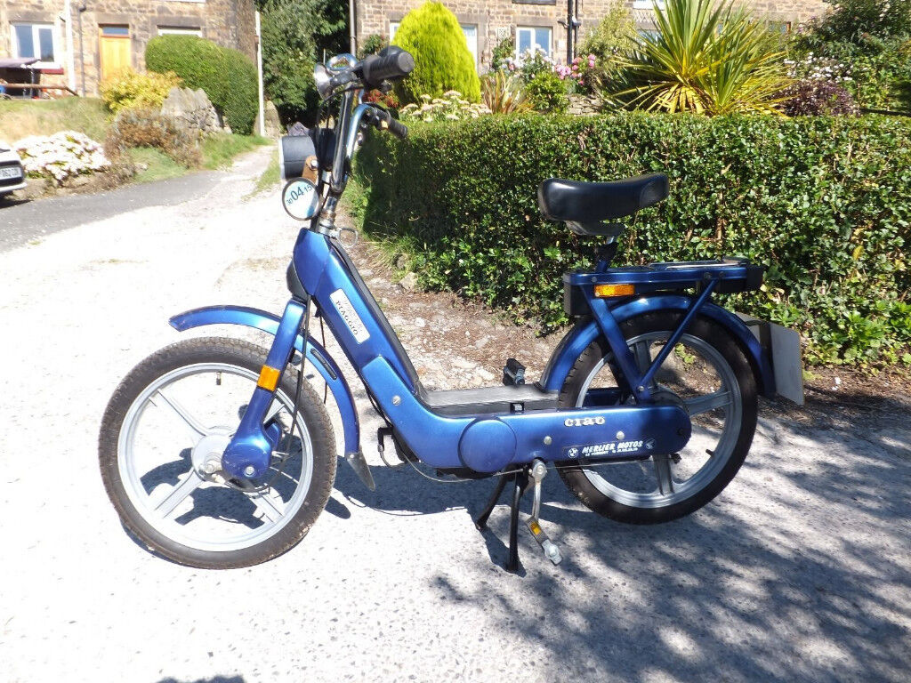 Vintage Pedal Mopeds Piaggio Vespa Ciao 50cc  3 Available | in South  Kensington, London | Gumtree