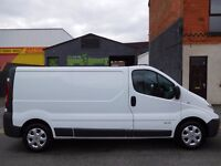 NO VAT Renault Trafic LWB 12 plate with full service history and sat nav .... finance available (25)