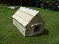NEW - handmade quality rustic hedgehog house with removable top