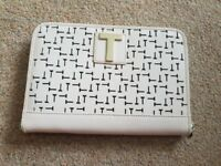 Ted Baker Brand New Ipad/Mini Book/Kindle/Tablet Case