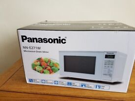 BRAND NEW PANASONIC MICROWAVE MODEL NN-E271W 800w rrp £69 still packed up in original box