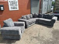 SOLD!! Absolutely immaculate Grey velour Chesterfield alike corner sofa & armchair delivery 🚚