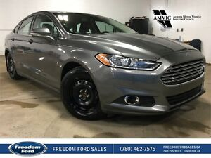 2013 Ford Fusion SE FWD | Leather, Heated Seats, Navigation, Bac