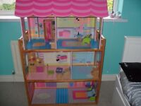 Large Kidkraft wooden Dolls House (great for barbie,bratz dolls )