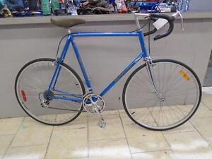 Vélo de route Bianchi 62 cm - 0713-4
