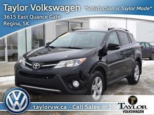 2013 Toyota RAV4 AWD XLE January Sell Off !! Save $2000 !!