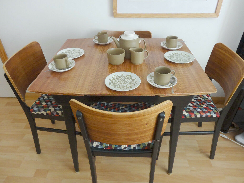 Small Retro 1960's Atomic Dining table and Four Chairs