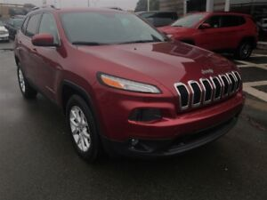 2015 Jeep Cherokee LATITUDE/HTD SEATS/BACK UP CAM/4X4