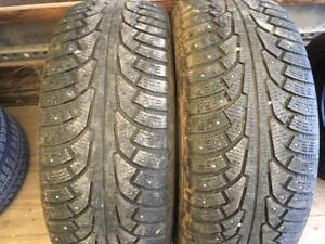 2 pneus d hiver 275/55r20 nokian