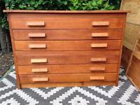 Plan chest