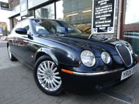 JAGUAR S-TYPE 2.5 V6 Plus 4dr Auto (black) 2006