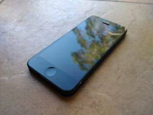 Good Condition - Apple iPhone 5 64GB  Black Unlocked Browns Plains Logan Area Preview