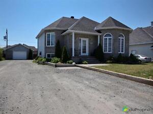 325 000$ - Bungalow Surélevé à vendre à Gatineau Gatineau Ottawa / Gatineau Area image 1