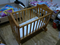 Rocking cradle crib solid wood from Mamas and Papas