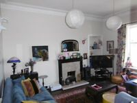 2 bedroom UNFURNISHED second floor flat to rent on Dunedin Street, Bonnington, Leith Edinburgh