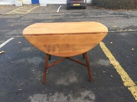 Lovely Mid Century Drop Leaf Dining Table by Ercol