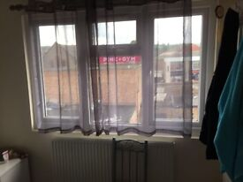1 Bedroom Flat to Let includes all Bills