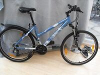 ADULT LADIES VERY GOOD QUALITY SCOTT TIKI SUSPENSION MOUNTAIN BIKE (ONLY USED A FEW TIMES)