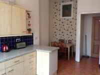 THREE BEDROOM SPACIOUS SECOND FLOOR FLAT ON BYRES ROAD IN HEART OF WEST END OF GLASGOW AVAILABLE NOW