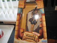 """Tomb Raider Lara Croft Figure Statue 11"""" tall in box made by playmates 1998 very collectable"""