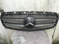 MERCEDES A CLASS W176 2014 GINUINE FRONT BUMPER GRILLE A176 88 260 11279961