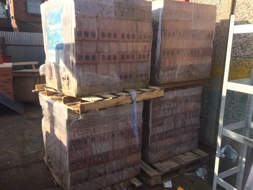 Hanson south down multi bricksin Coventry, West MidlandsGumtree - Hanson South Down Multi House Bricks have 6 packs in stock 450 bricks per pack great brick.£250 each and 7 packs of Hanson Breckland multi reserve bricks £200 a pack can deliver for a charge depending on distance msg me for any information thanks I...