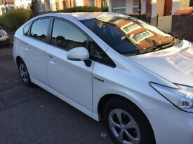 Toyota Prius For R ent H ire 61 plate