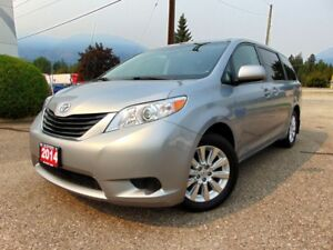 2014 Toyota Sienna 4WD LE