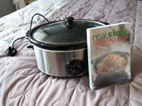 Swan slowcooker perfect condition, hardly used, comes with cookbook