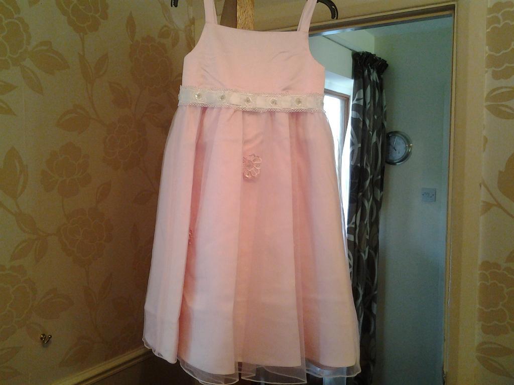 Flower Girl ,Party Dress Age 3.   in Bovey Tracey, Devon   Gumtree