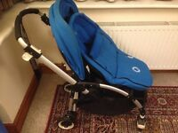 BUGABOO BEE ( BLUE ) very good condition and clean includes the cocoon