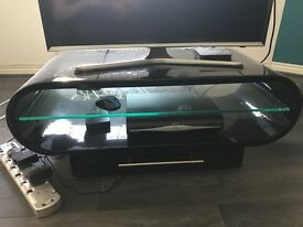 Black gloss TV unit