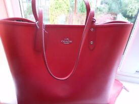 Gorgeous designer Coach city tote reversible bag - red & floral posey print, brand new with tags