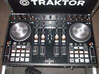 TRAKTOR S4 & CASE