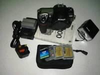 Nikon D200 dslr body + Extras