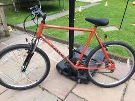 Raleigh activator 21 speed gear bike