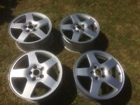 Ford S - Max 17 Inch Alloy Wheels x 4