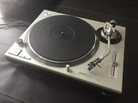 Technics SL1200 Mk II Turntable in mint condition
