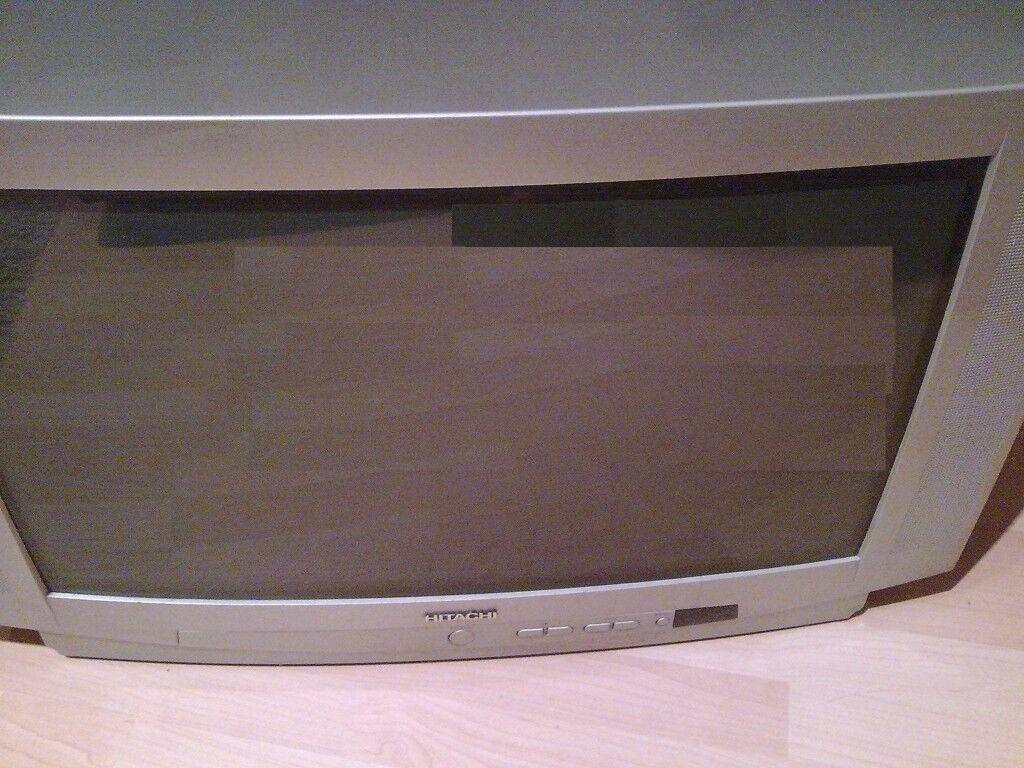 Bargain! TV in good condition + remote