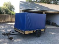 4'x 8' unbraced covered trailer