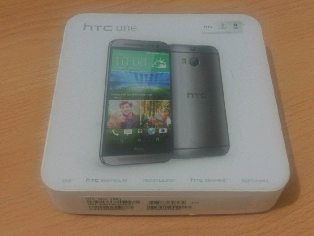 HTC One m8 32 gb with box and charger
