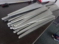 28 LEFT!! Metal Spur Brackets - 1 for £1 / 28 for £20