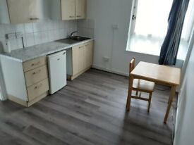 SELF-CONTAINED STUDIO AVAILABLE IN HACKNEY, N1 5SY