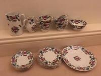 Vintage tea set for 6