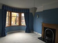 2 Bedroom, 2 reception bright spacious first floor flat, Comely Bank