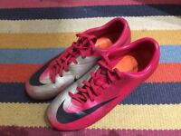 Nike Mercurial unisex football boots, UK size 6