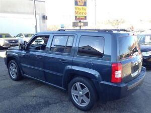 2008 Jeep Patriot NORTH EDITION| 4X4| HEATED SEATS| CRUISE CONTR Kitchener / Waterloo Kitchener Area image 4
