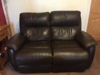 Beautiful Leather Reclining Suite inc 2 Recling Chairs. Excellent condition.