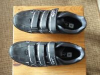 dhb road cycling shoes for clipless pedals. Size 46.