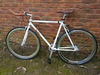 Quella Pembroke fixie fixed gear bike